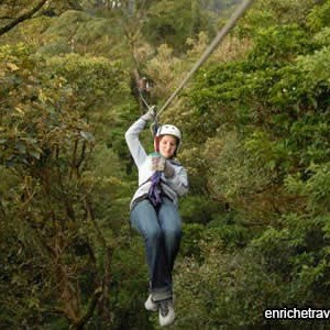 zip-lining-in-costa-rica