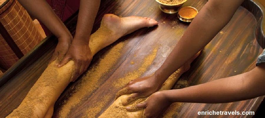 Ayurveda_ayurvedic_oil_foot_massage